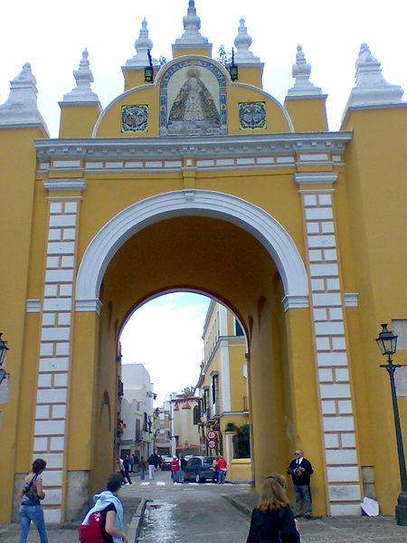 Antiguas puertas de sevilla viajar a sevilla - Puertas de paso en sevilla ...