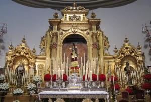 El altar de quinario en el día de la Epifanía del Señor.