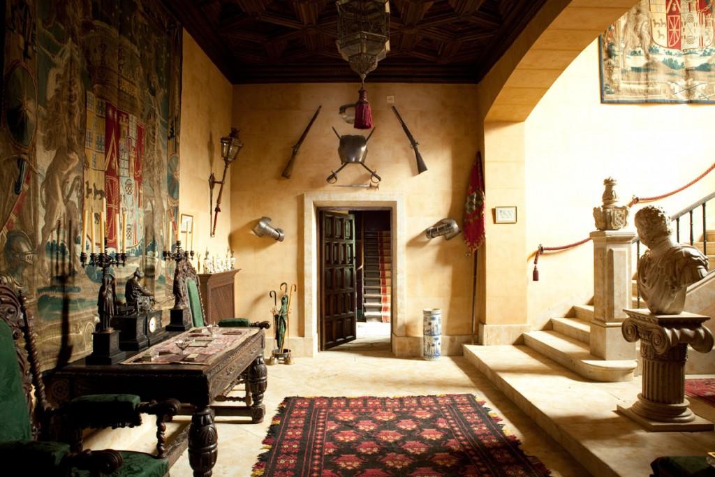 articulos-historicos-en-el-palacio-duenas