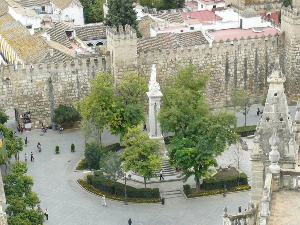 plaza-del-triunfo