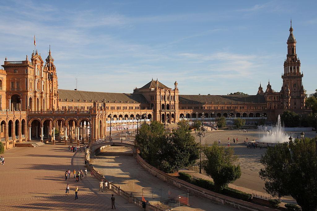 Plaza de espa a viajar a sevilla for Lugares turisticos para visitar en espana